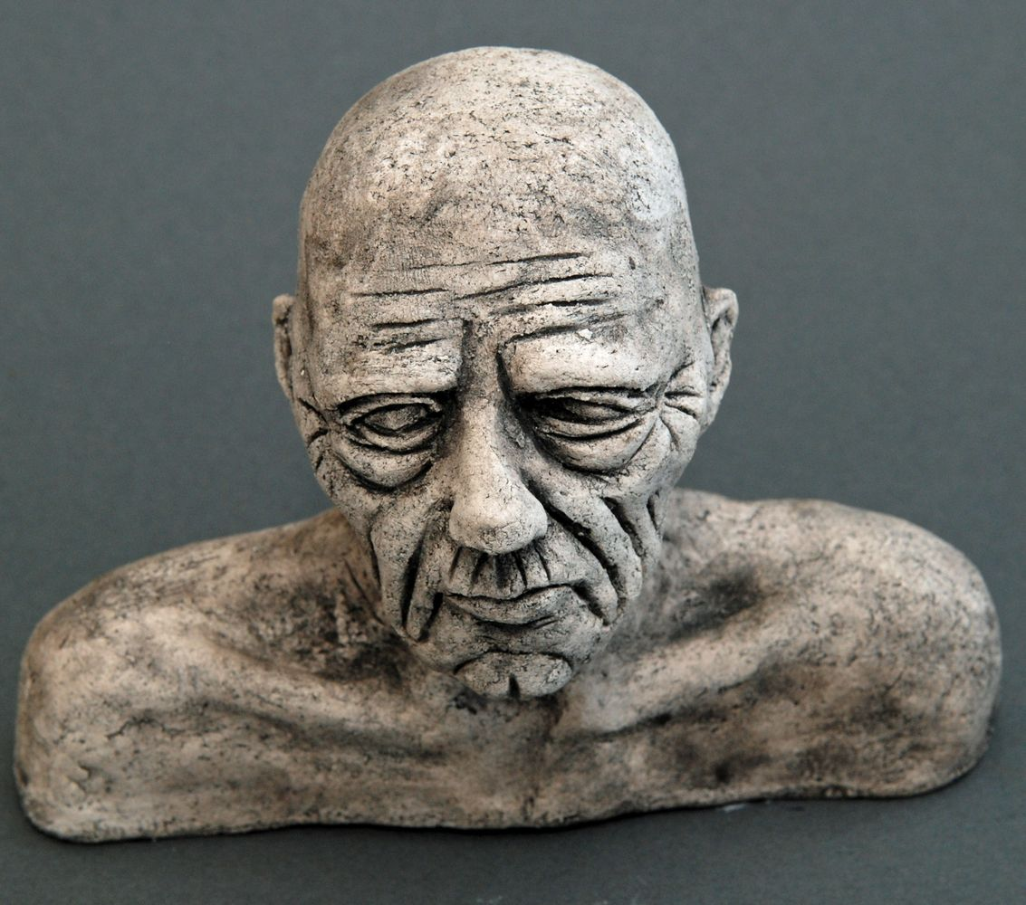 Seelenbilder das Altern, Keramik, 17 x 3,5 x 14 cm