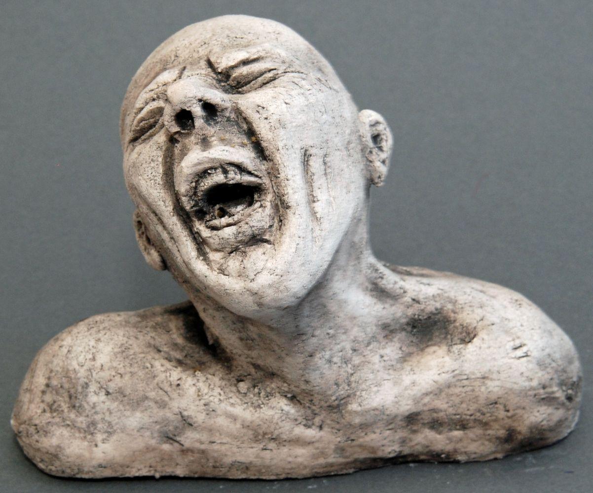 Seelenbilder der Schmerz, Keramik, 17 x 3,5 x 14 cm