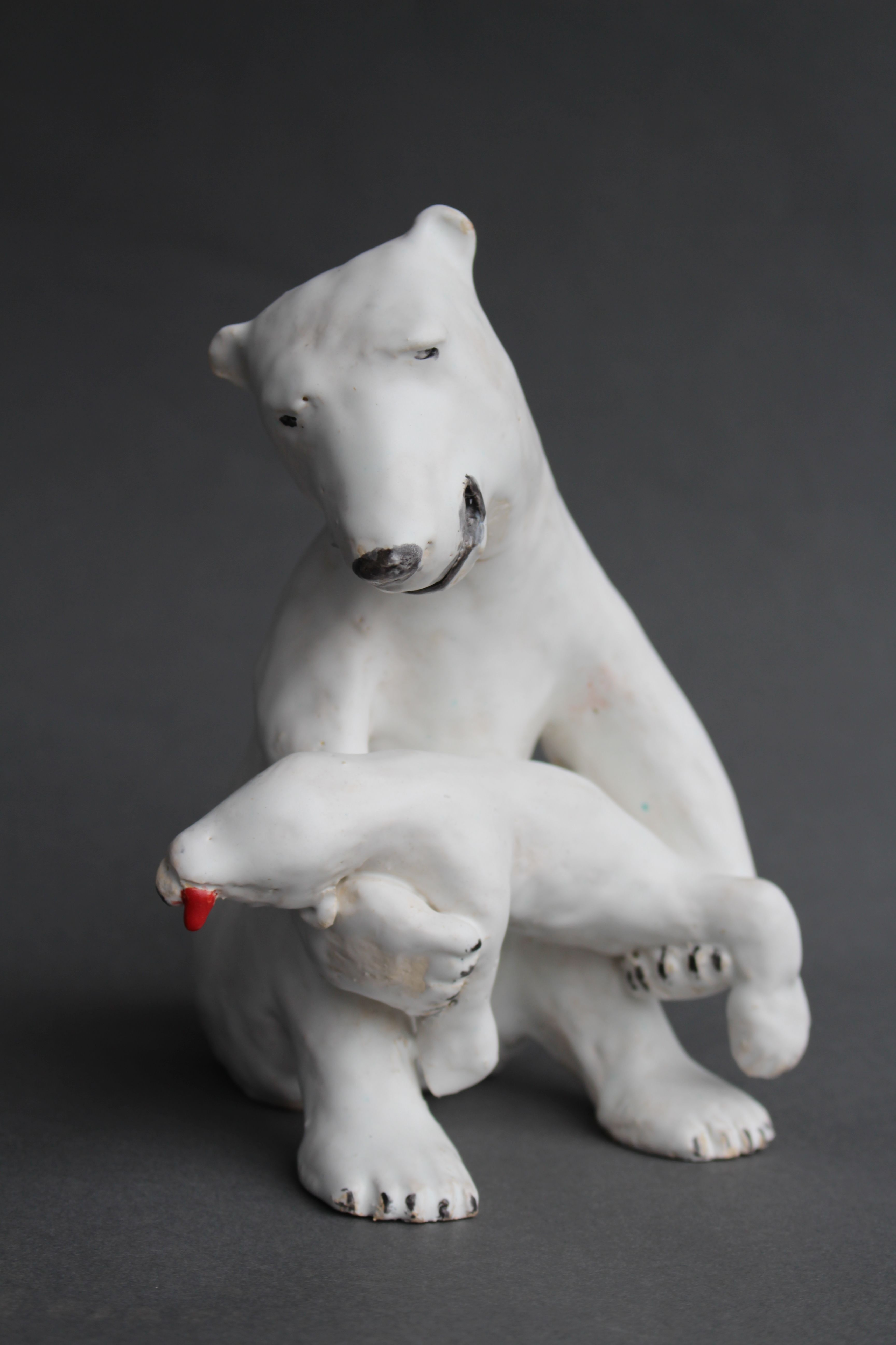 Opfer für den Klimawandel, Keramik,15 x 13 x 20 cm