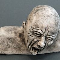 Seelenbilder der Ekel, Keramik, 17 x 3,5 x 14 cm