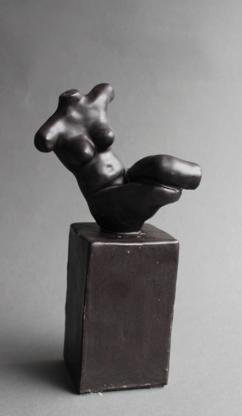 Torso 1, Keramik, 14 x 12 x 28 cm